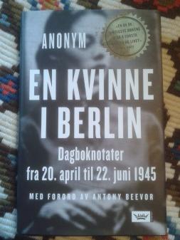 En kvinne i Berlin| edgeofaword