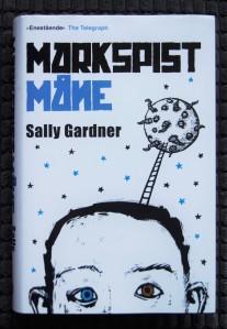 Markspist måne av Sally Gardner | edgeofaword